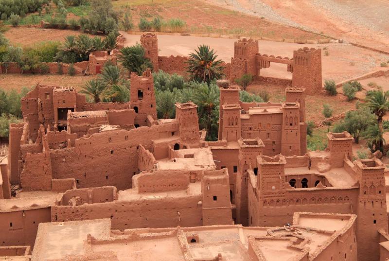 morocco_ouarzazate_ait_ben_haddou_medieval_kasbah_built_in_adobe_1