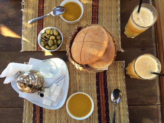 harira et thé marocain