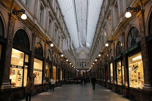 Les galeries royales saint hubert de bruxelles riad for B b la maison st hubert